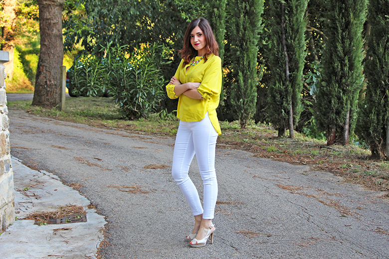 outfit giallo acido 1