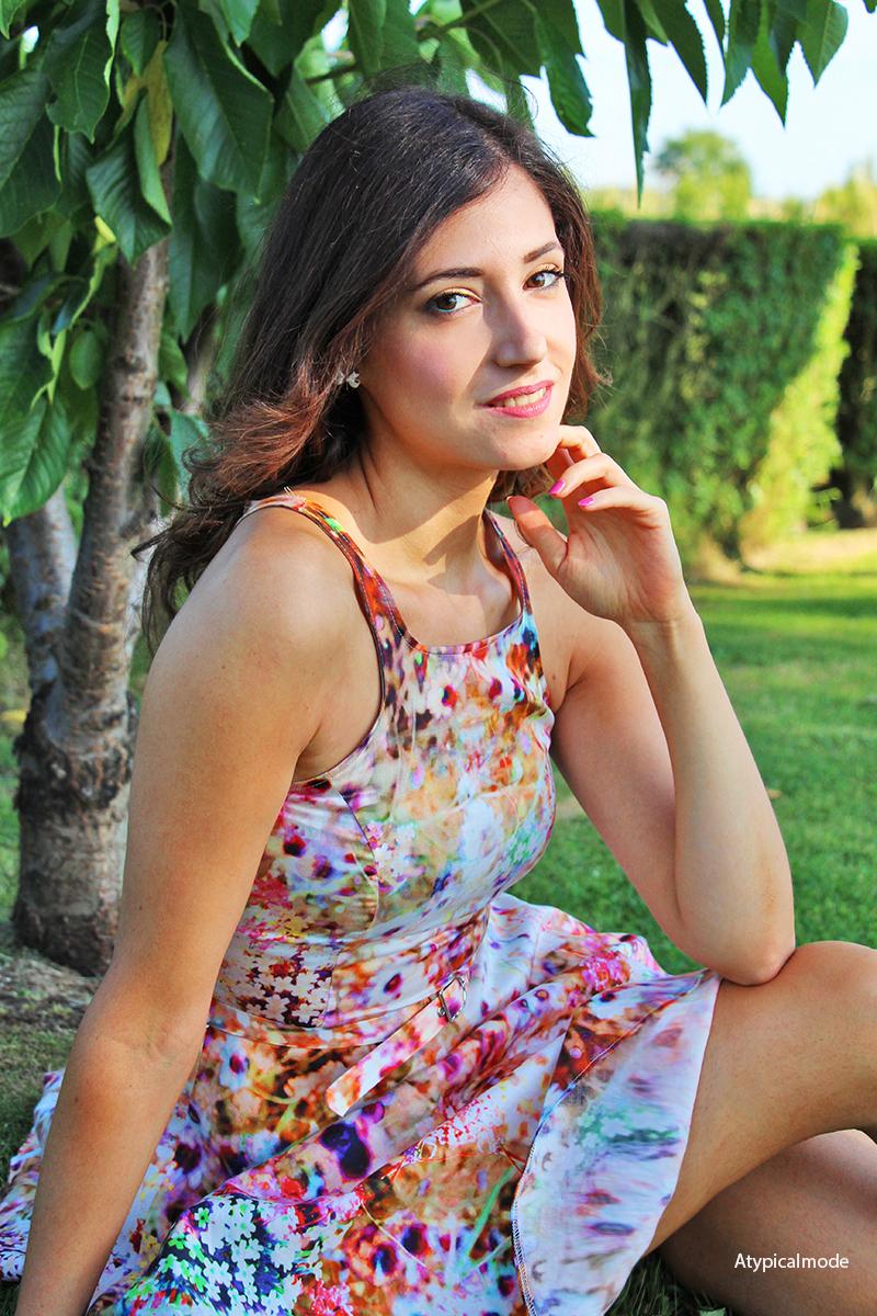 outfit vestito fiori estivo